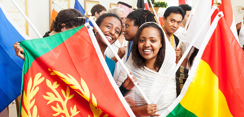 students-with-flags